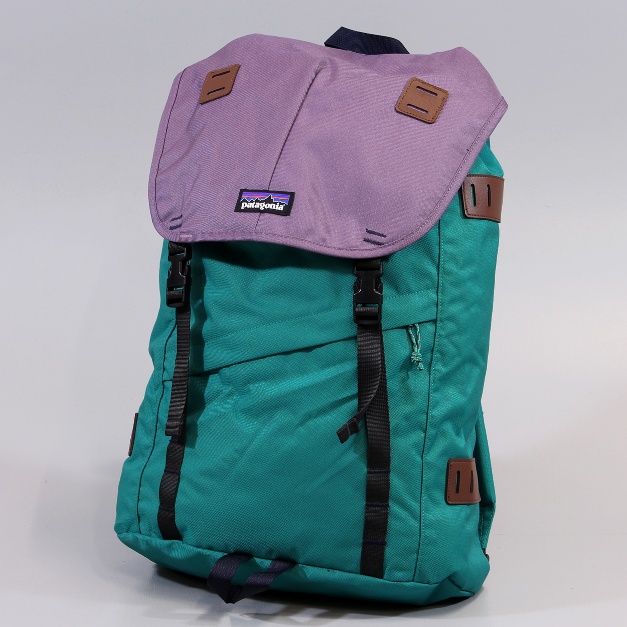 a34dd55655 Patagonia Arbor Pack 26L Emerald Green Purple Mountain Summit Bag £41.25