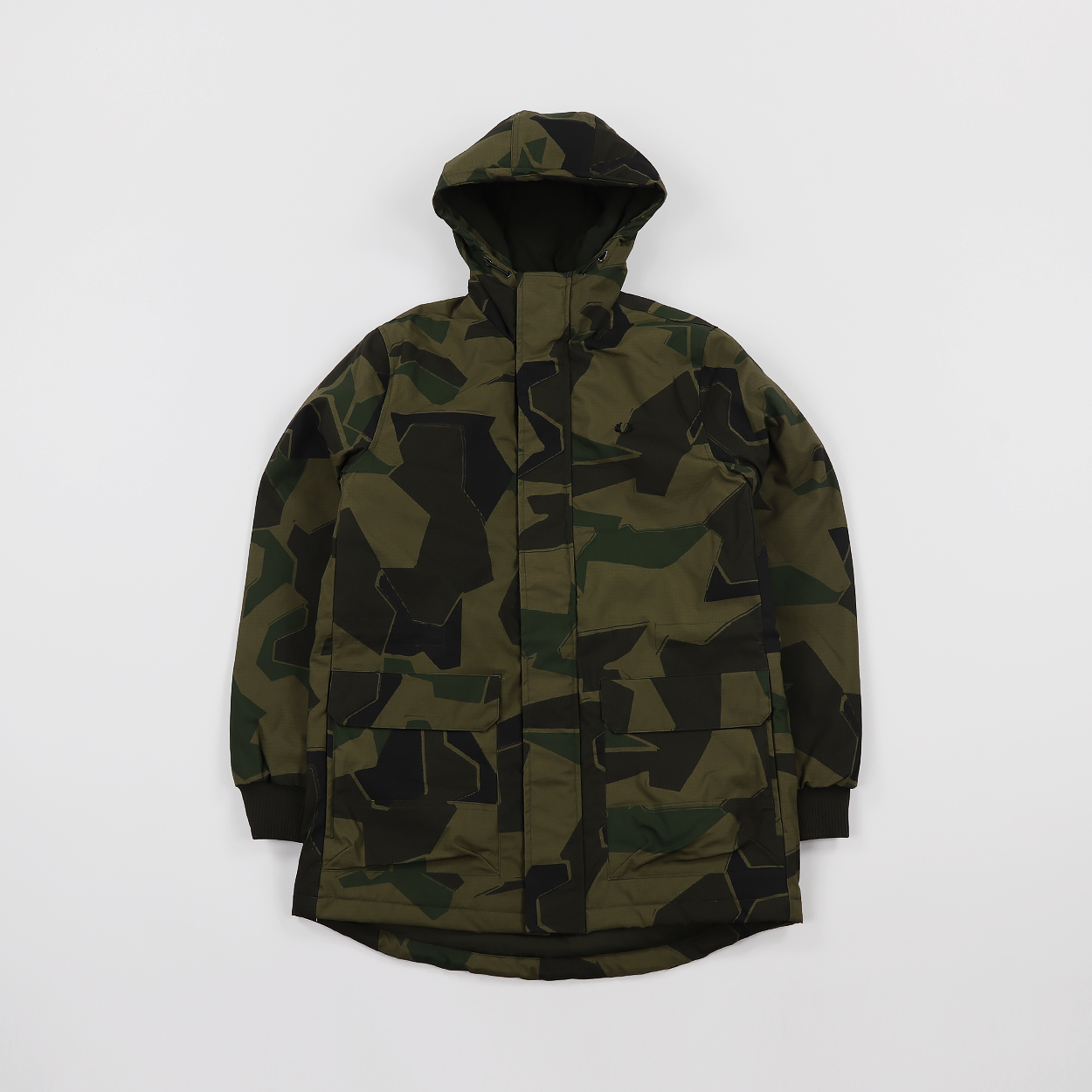 f318d451 Fred Perry x Arktis Mens Stockport Parka Jacket AK Woodland Camo £155.00
