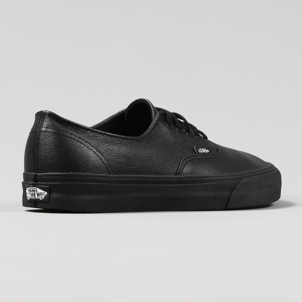 9958ffd1dc0 Vans are back with the smart Premium Leather in black for these new Authentic  Decon Shoes.