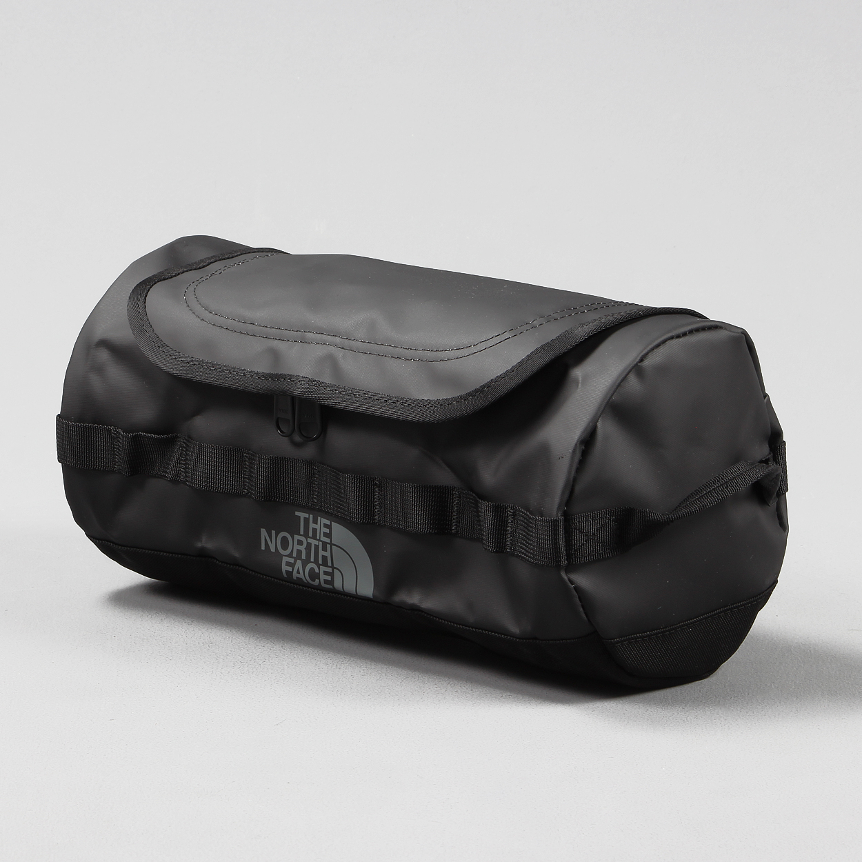 c57dc3520 The North Face Luggage Base Camp Travel Canister Large Black £21.00