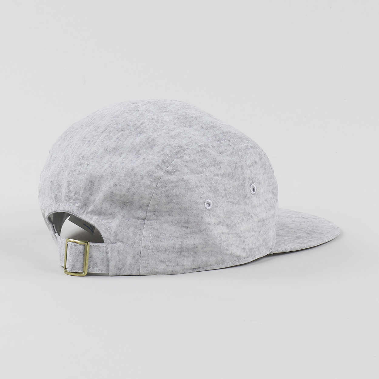 f316f66a79c372 The 5 Panel Cap from Champion Reverse Weave is a flat peak design with  adjustable rear strap, which is finished off with logo embroidery to the  front panel.
