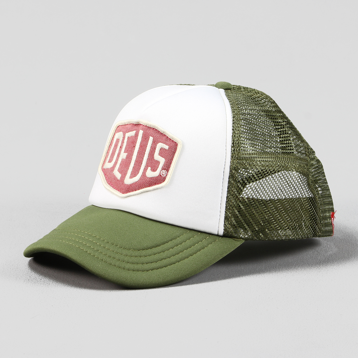 Deus Ex Machina Mens Adjustable Colour Shield Trucker Cap Olive £20.00 8538cd3707d