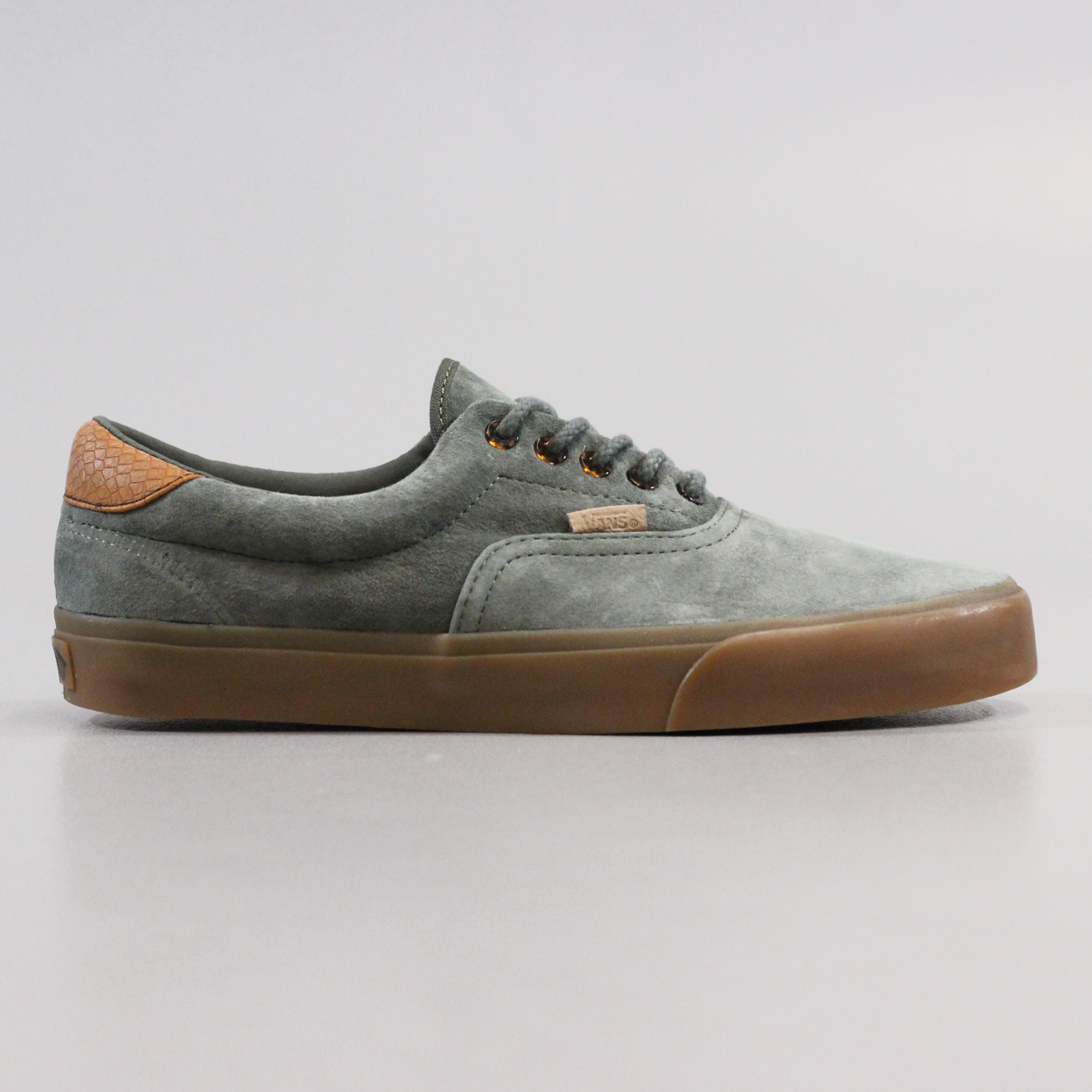 d3b5d2a0cb67 Vans Era 59 CA PS Mens Suede Skateboarding Shoes Beetle Green £42.00