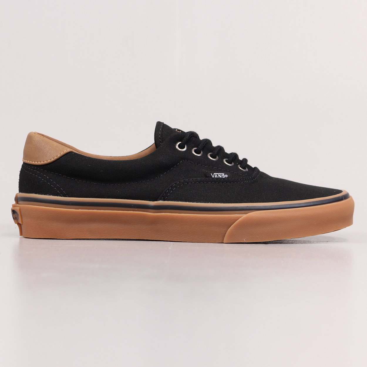 Vans Mens Canvas and Leather Era 59 Skate Shoes Black Gum Brown £39.00 a09904c8c