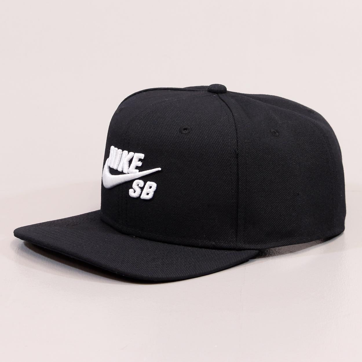 undefeated x outlet reputable site Nike SB Skateboarding Icon Pro Snapback Hat Cap Black White ...