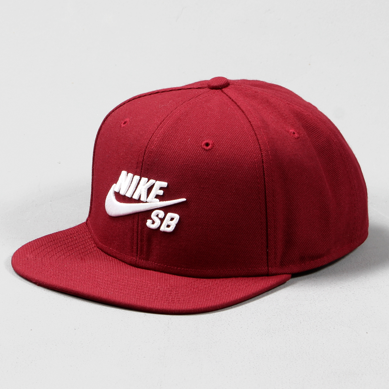 Nike SB Icon Pro Snapback Adjustable Cap Hat Team Red White £21.00 807ead738811