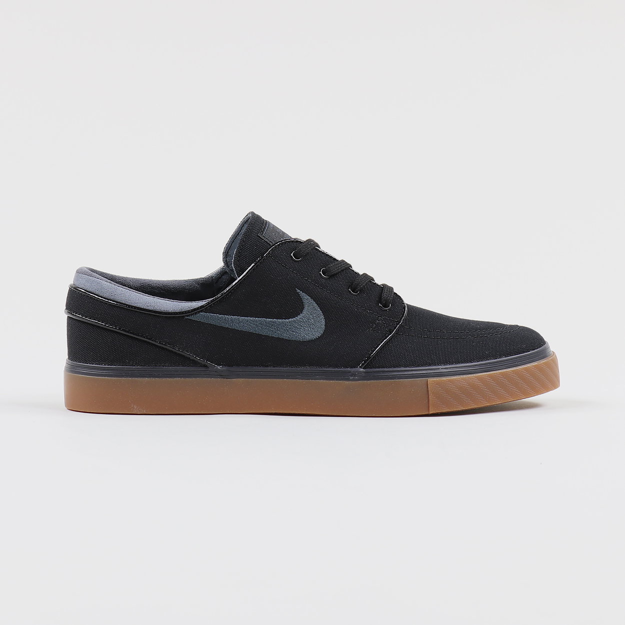 bf85bcd06daa29 Nike SB Zoom Stefan Janoski Model Canvas Shoes Black Anthracite £49.79