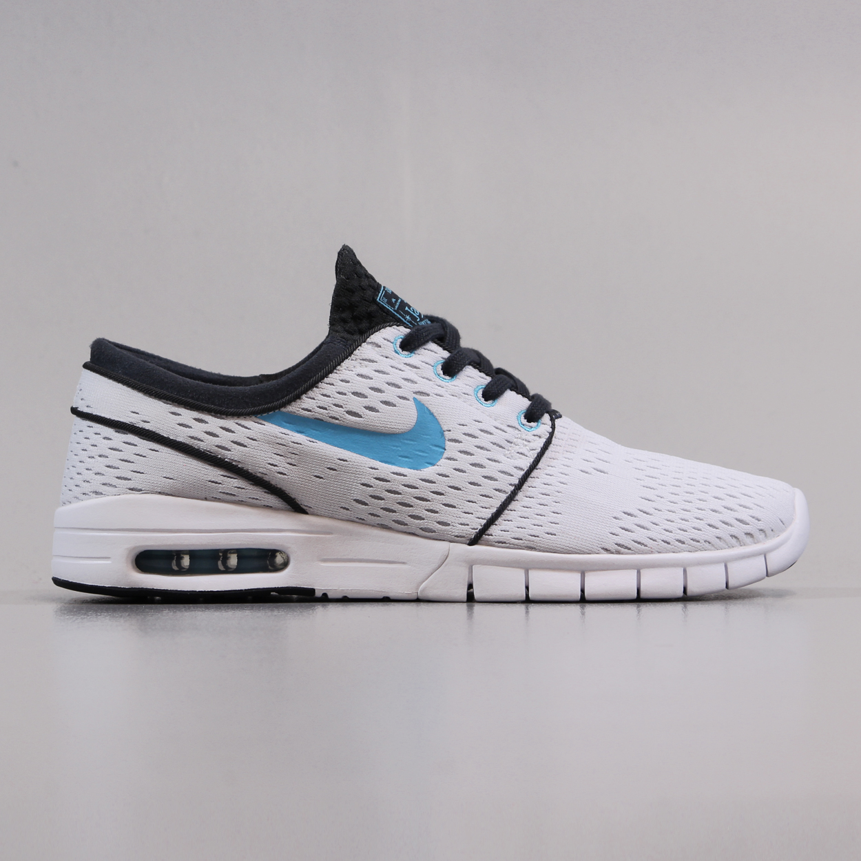 buy popular 253a1 a8a1e Nike SB Stefan Janoski Max Shoes White Clearwater Anthracite Black
