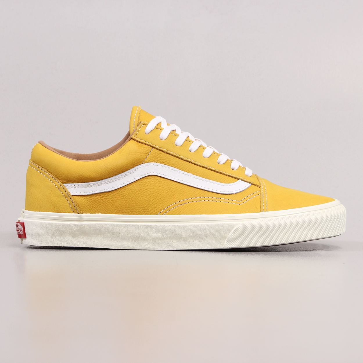 23c8f236a9def9 Vans Old Skool Reissue Mens Shoes Classic Leather Mineral Yellow £48.75