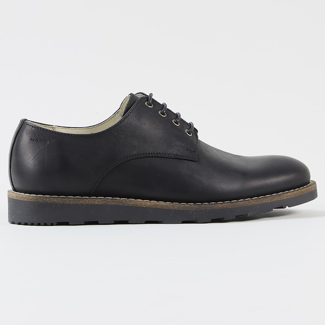 Makia Parkway Shoe Black