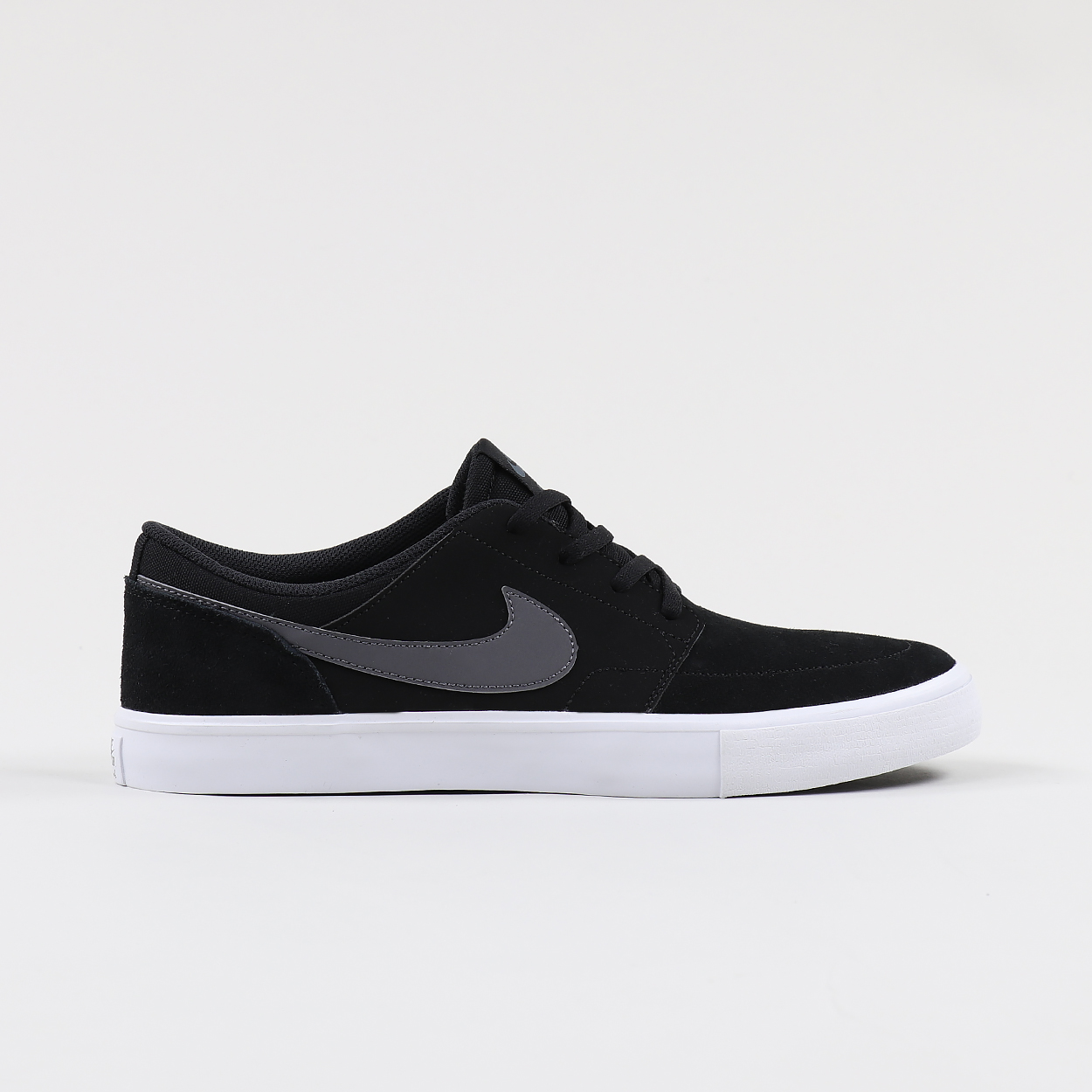 d6c96826e9 Nike SB Solarsoft Portmore II SkateboardingShoes Black Grey White £45.95