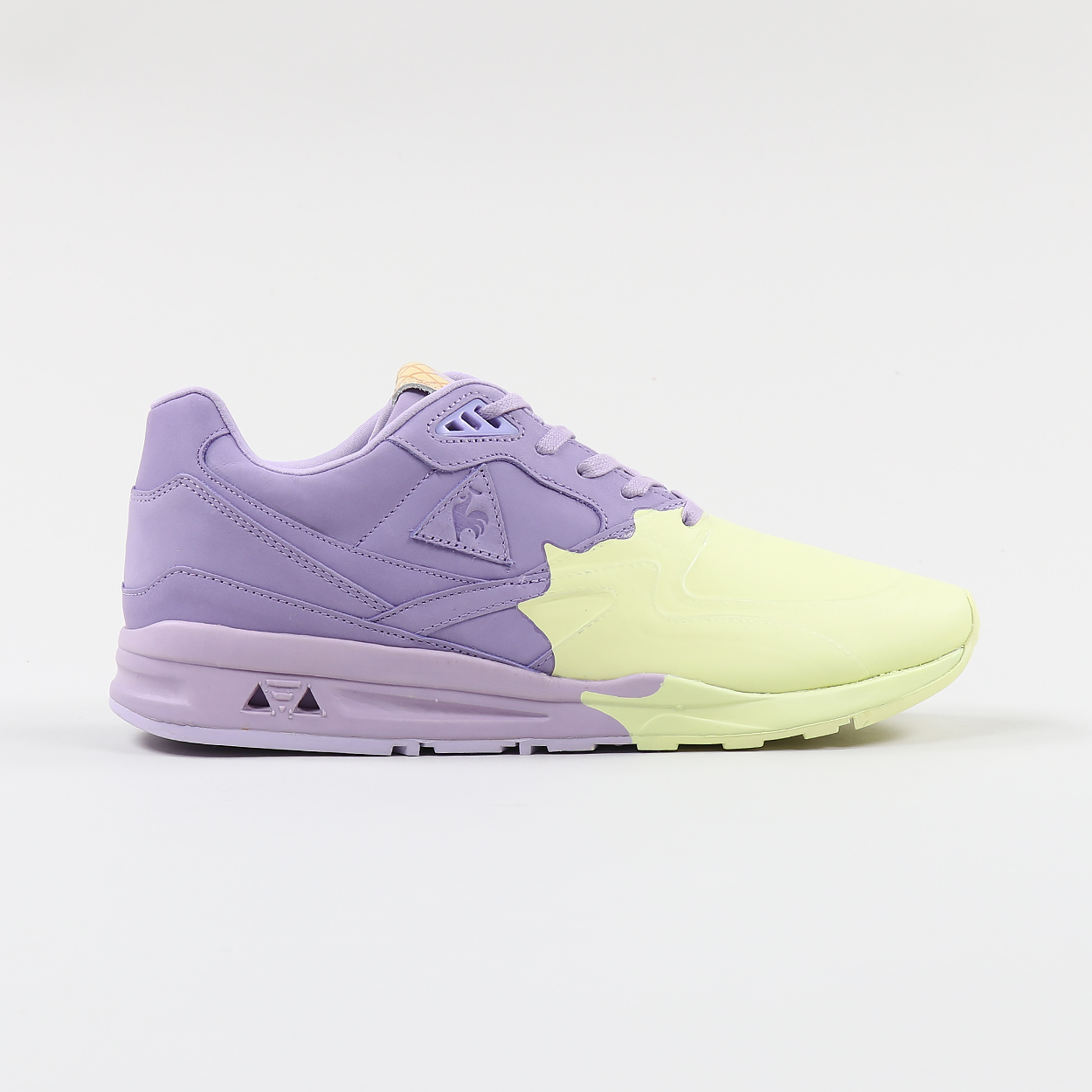 a393edc46ece Le Coq Sportif LCS R800 S Nubuck Shoes Orchid Tint Wax Yellow £124.80