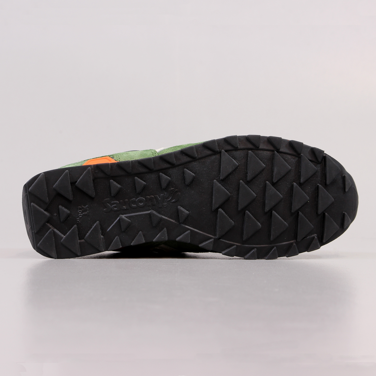 half off b54a4 28ffe Make your feet the business with these Saucony Originals with the contrasting  black, green and orange colours to add a retro style to your collection of  ...