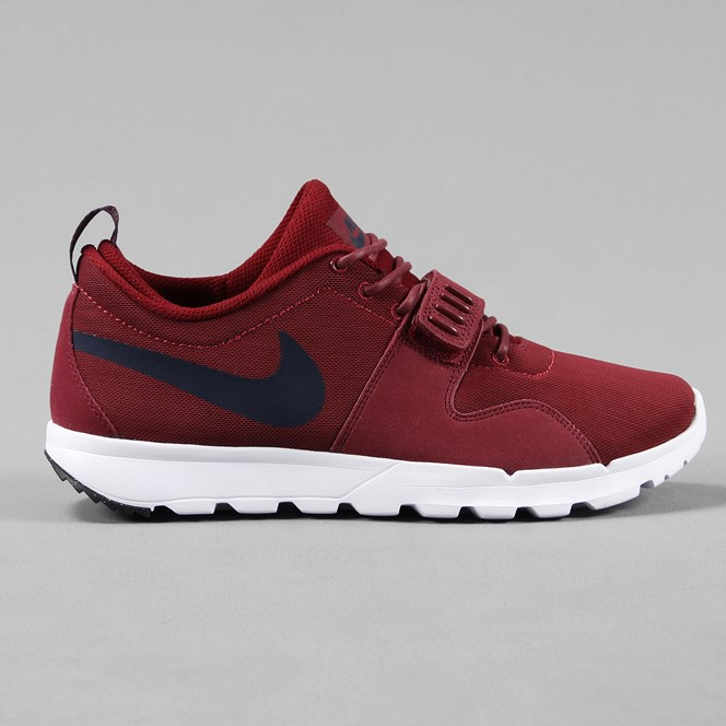 Nike SB Trainerendor Shoes Team Red Obsidian Blue White