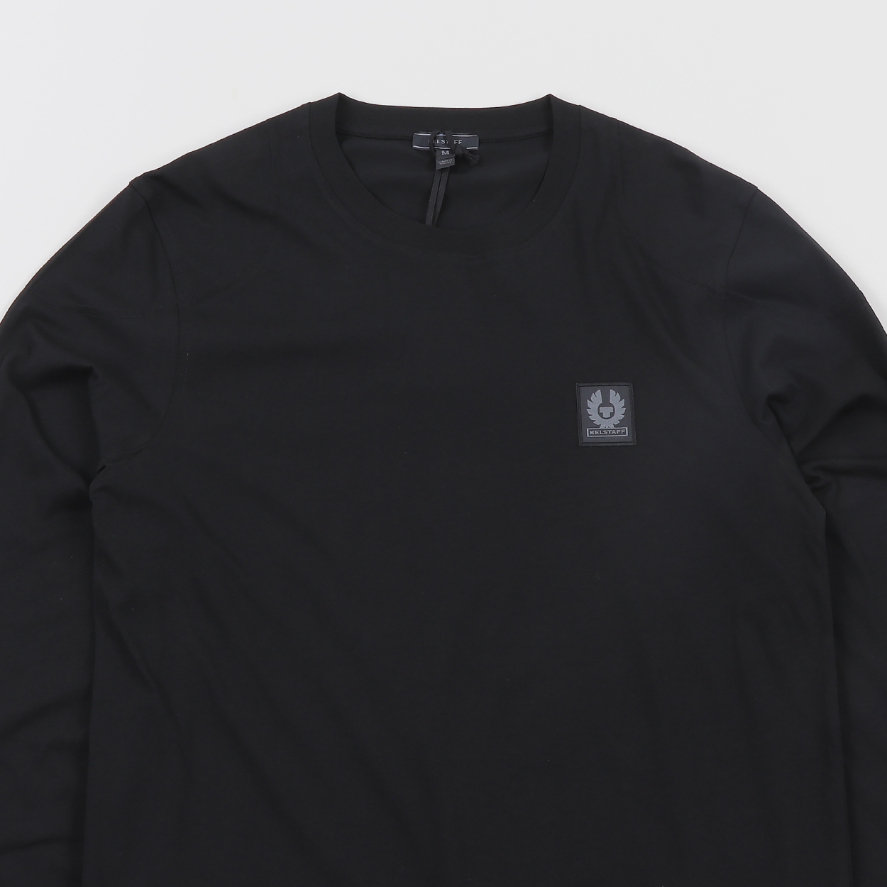 318c8807e2c0 A long sleeved tee from England s premium outerwear company Belstaff. Made  from 100% cotton in a soft single jersey