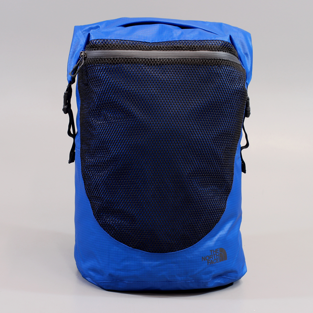 The North Face Waterproof Daypack Blue Mesh Roll Top Outside Bag £45.00 cf735e78473e